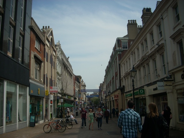 Hull's Old Town on a weekday afternoon